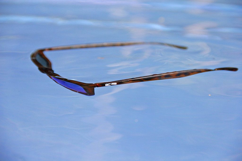 Sapelos floating sunglasses TPX fame polarized UV protect lenses
